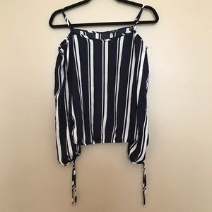 DYNAMITE cool striped summer blouse
